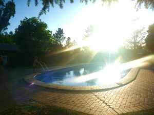 P1030591 armidale pool