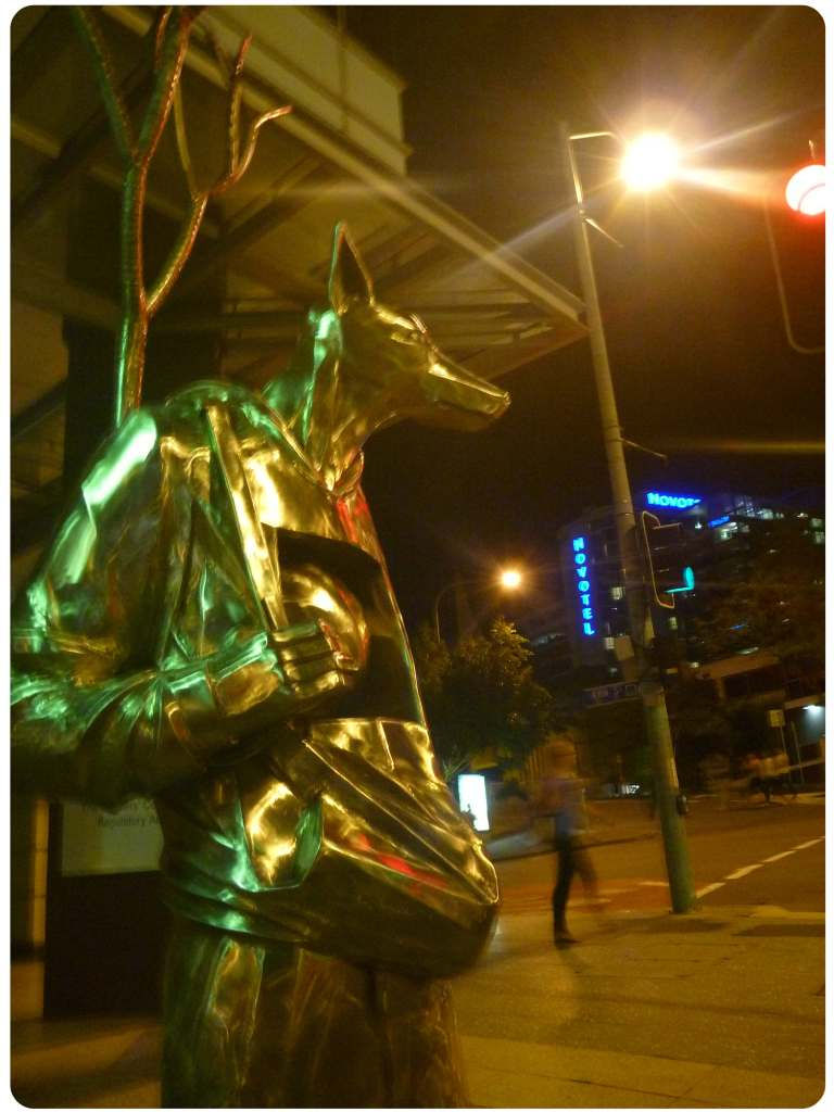 brissy sculpture fox man